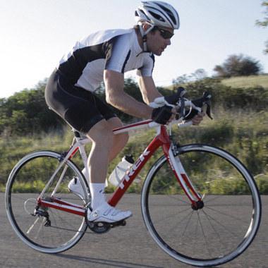 健骑单车装备logo